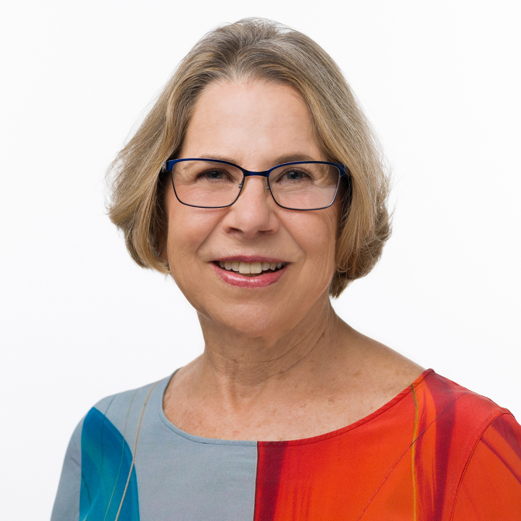 Karen List headshot 2019